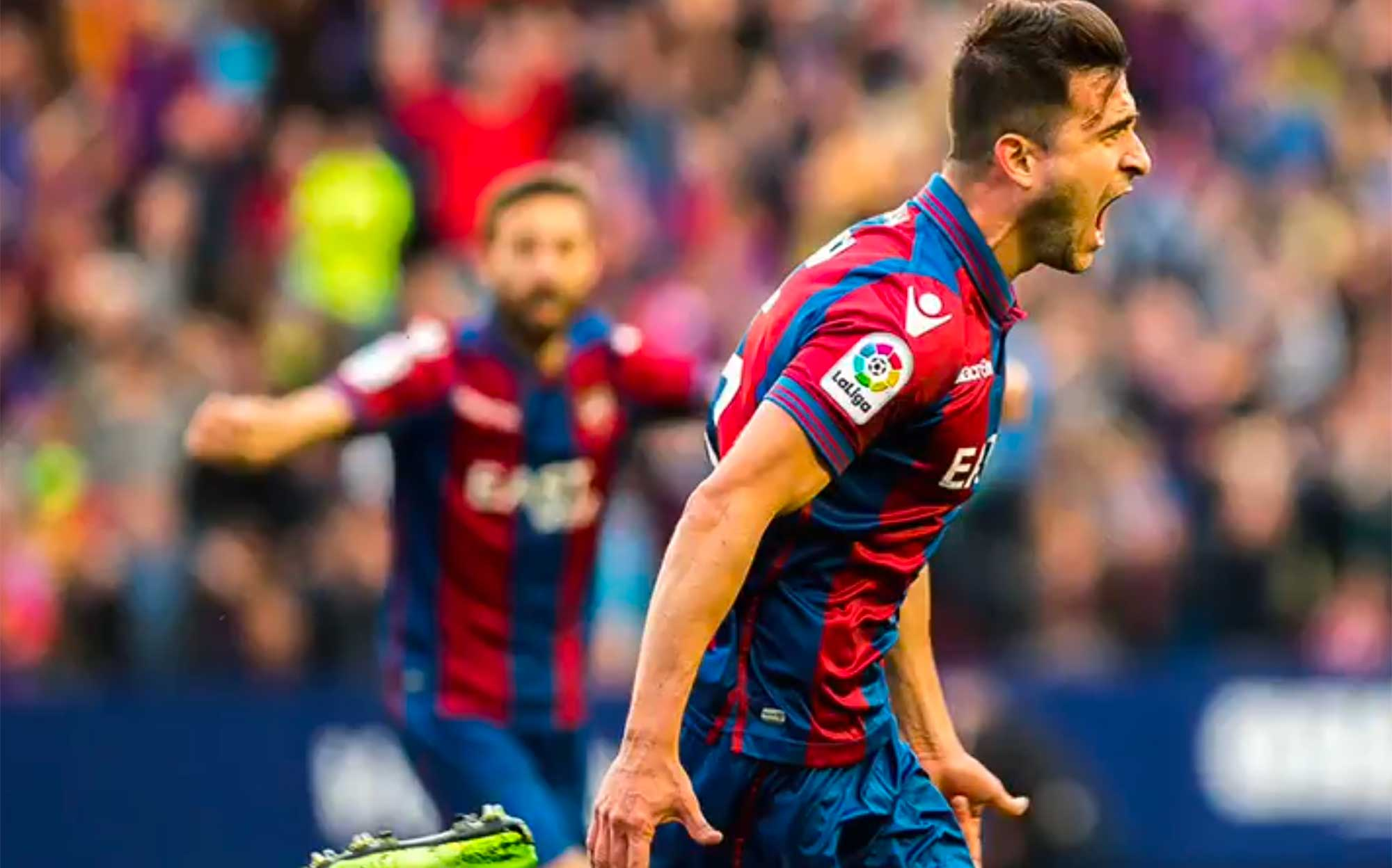 Imagen de Sergio Postigo celebrando el gol