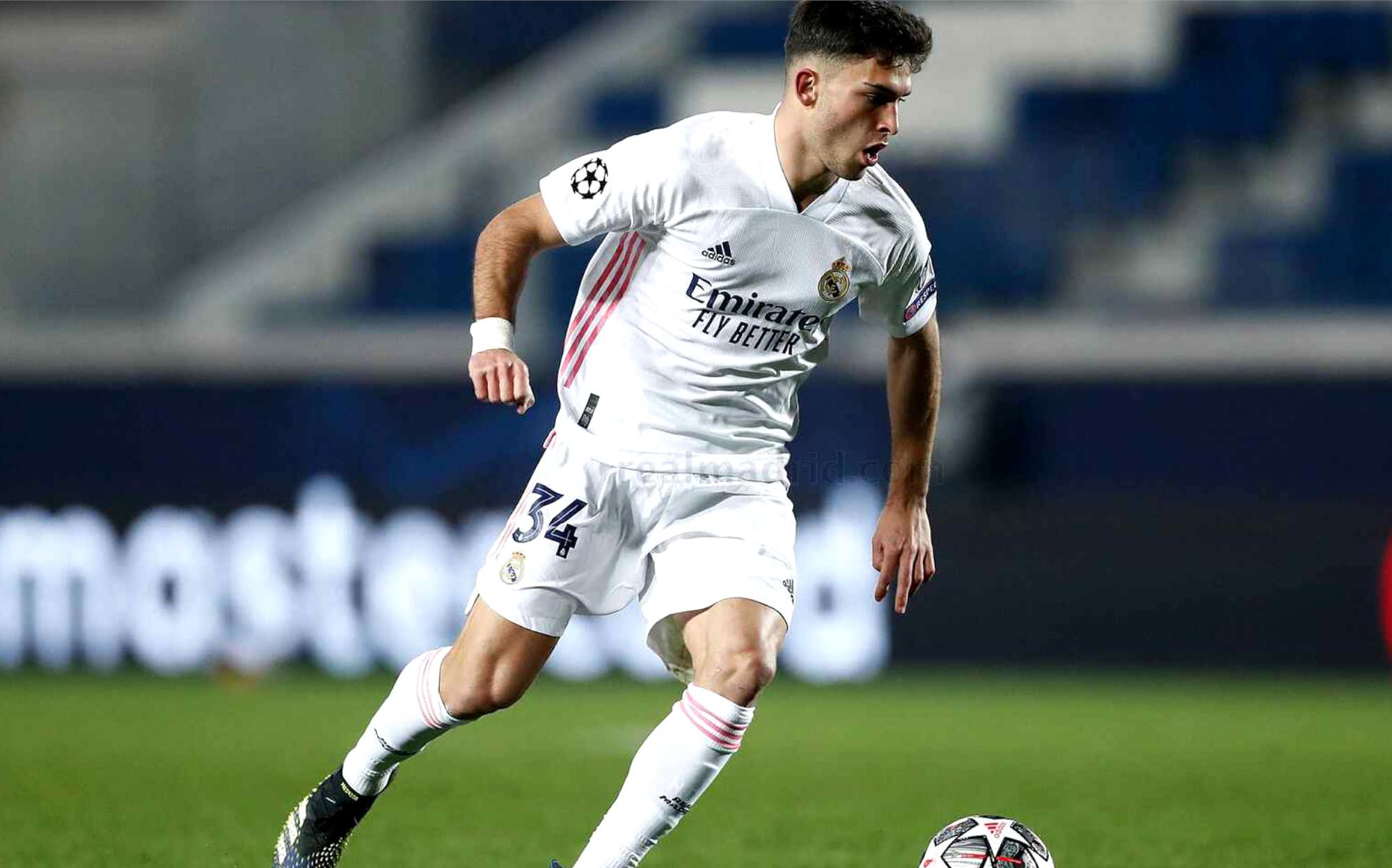 Imagen de Hugo Duro Perales en partido de Champions